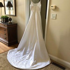 Michaelangelo wedding gown by David's Bridal.  Sz8